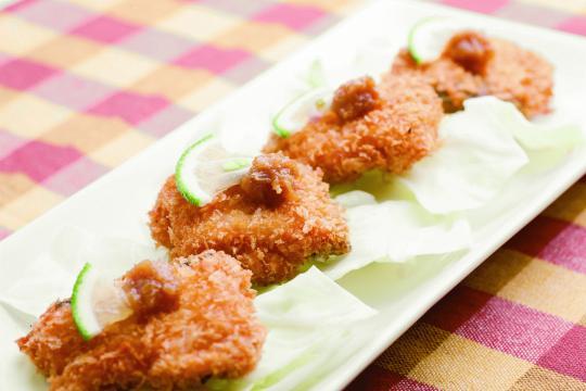 鮭カツ味噌ダレ